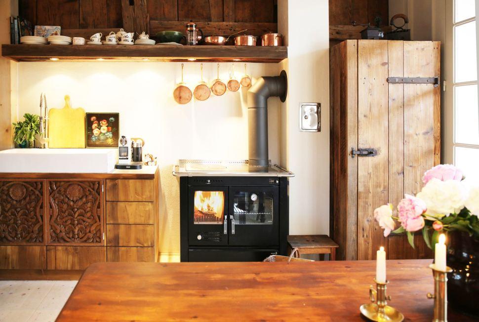Annas Scheune Küche 02